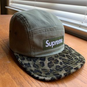 270b043bb2dbb Supreme Accessories - SUPREME OLIVE GREEN LEOPARD 5 PANEL HAT
